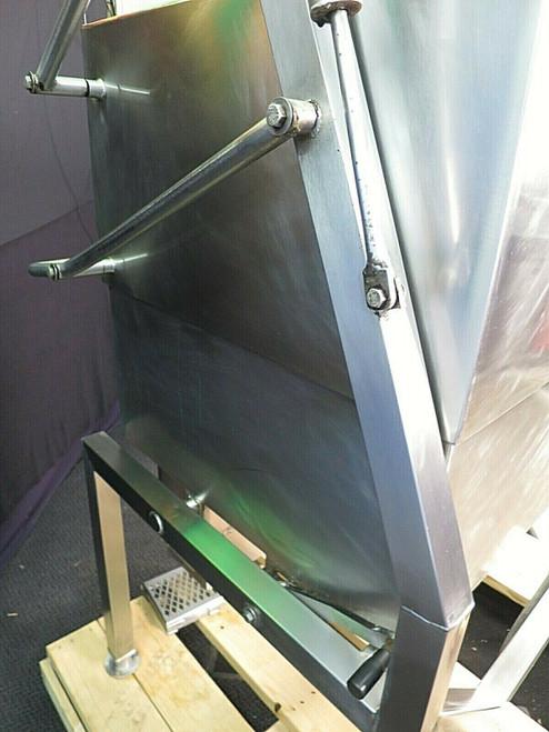 Electric 30 Gal  Braising Pan Tilt Kettle Skillet