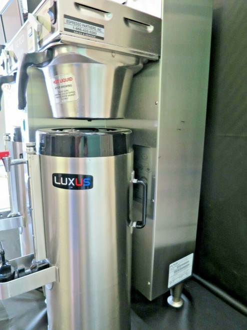 Fetco  Twin 1.5 Gal. High Volume Thermal Coffee Brewer #2