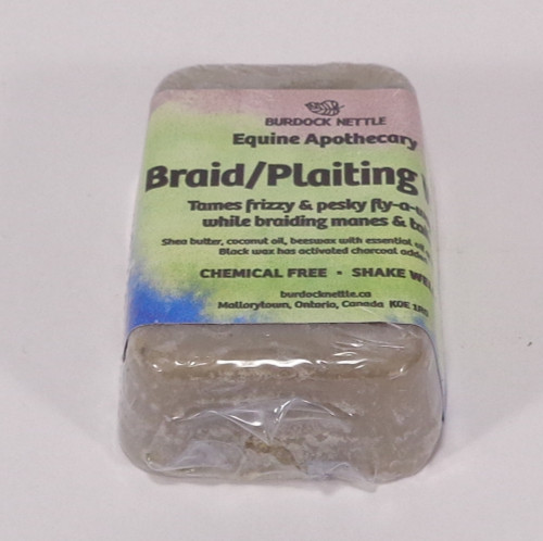 Bar of all-natural braiding wax for light haired horses. Weight of product- 60gm  Shipping weight 190gm