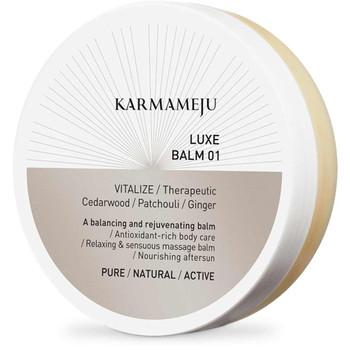 LUXE Balm kan brukes til ansiktet, som lipbalm og til hele kroppen. Den er spesielt fin til massasje. Super også på tørre føtter og hender. Multifunksjonell balm som balanserer regenererer og virker oppløftende. 100%-plantebasert