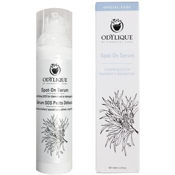 Odylique Spot On Serum brukes på urenheter, kviser, små hudskader som stikk, bitt og utslett. Passer for alle hudtyper. Kan brukes på barn fra seks måneders alder for å roe ned insektsbitt, utslett fra brennesler og lignende.