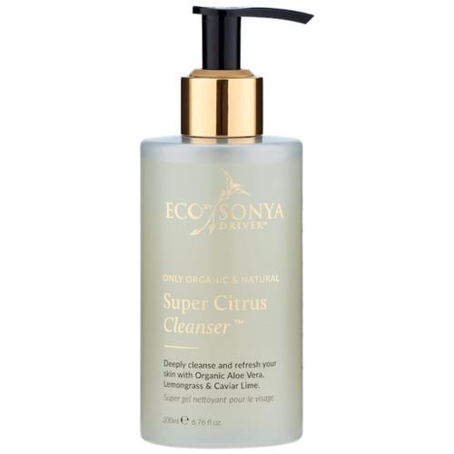Eco by Sonya Super Citrus Cleanser vegansk og økologisk ansiktsrens som balanserer, eksfolierer og  er betennelsesdempende. For normal hud, kombinert hud, fet hud, tørr hud, sensitiv hud og moden hud.