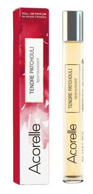 Fransk parfyme laget av 100 % naturlige ingredienser med en duft av patchouli, nellik og sedertre