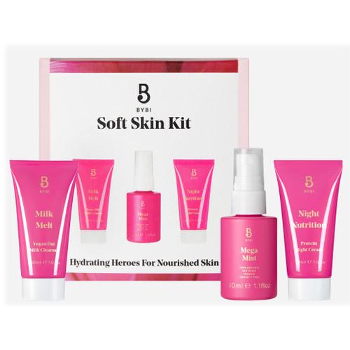 BYBI Beauty Soft Skin Kit inneholder tre av BYBI sine mykjgjørende produkter i ministørrelse, som er laget for å gi næring og fuktighet til huden i ansiktet og på halsen.