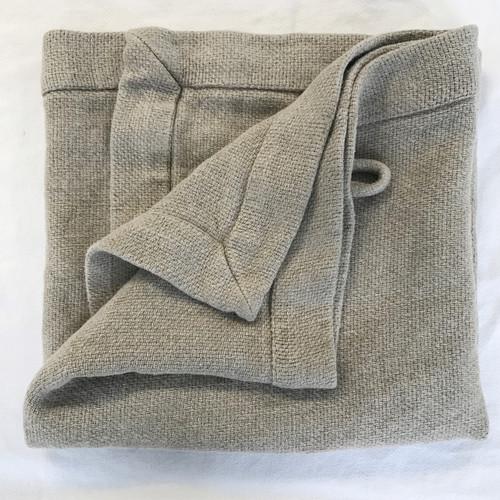Heavy weight natural, unbleached, dye-free bath sheet. Made by Linoto from Belgian linen. ecru