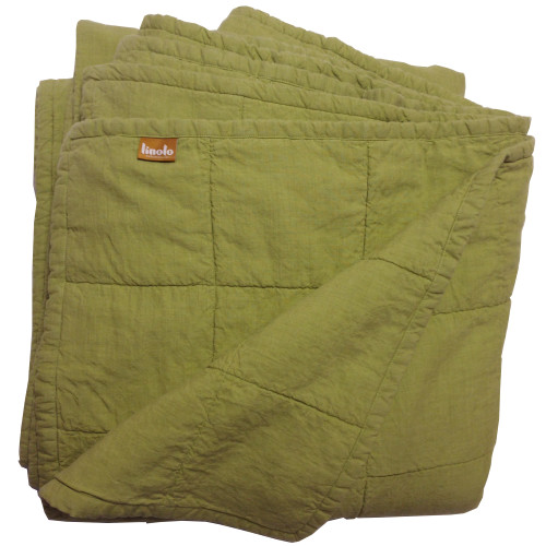 Linoto golden green quilted linen coverlet size King