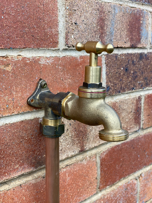 """Brass Tap - 3/4"""" Male Inlet and 1"""" Male Outlet"""