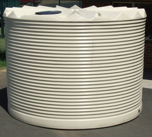 14,000 Litre Round Poly Tank - corrugated profile