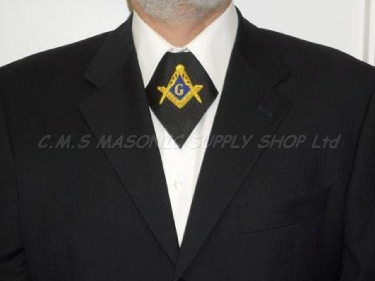 Goldatila Mens Suit Vests Slim Fit Button Down Prom Formal Waistcoat Garment Christmas Snowflake Suits Jackets Vest Sleeveless 5 Buttons V-Neck Costumes Party Suit Vest