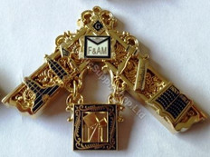 Past Masters Jewel 28
