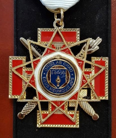 Scottish Rite 33rd Jewel Drop    not mounted on ribbon