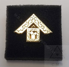 Lapel pin  Past Masters  47th Problem of Euclid