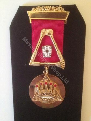 Royal Arch Past Z  1 bar Breast Jewel with Crossed Sceptors