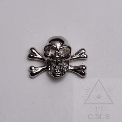 Skull & Crossed Bones Lapel Pin