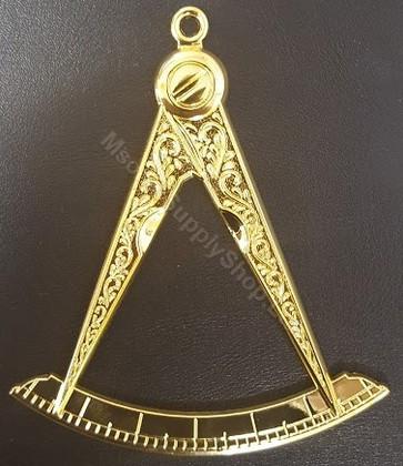 Grand Master  Collar Jewel
