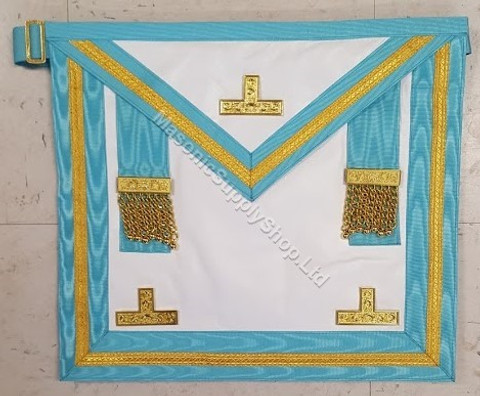 Past Master Apron  with Gold Trim  center