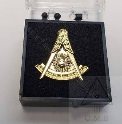 Masonic  Lapel pin  Past Masters  Emblem
