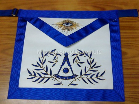 Past Masters aprons with  wreath    Hand Embroidered