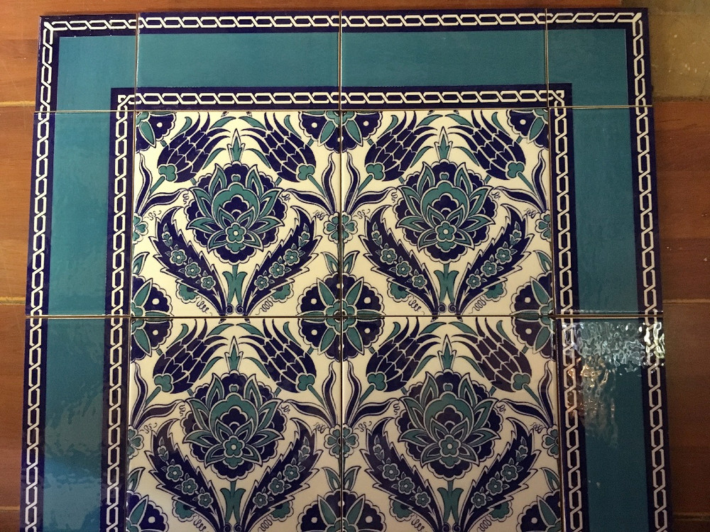 Blue Dream with Border Tile 60