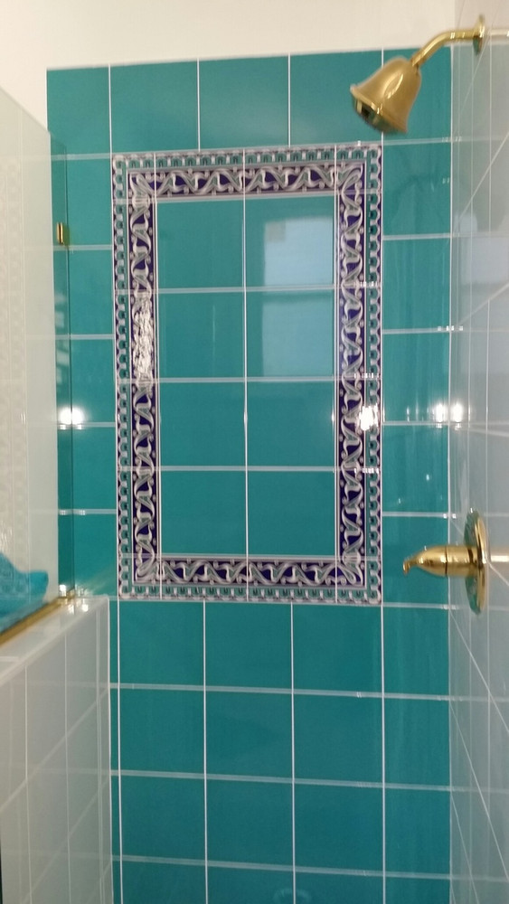 Turquoise bathroom wall tiles