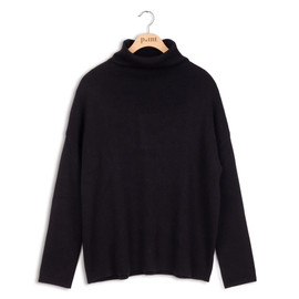 Point Knit Funnel Black Top
