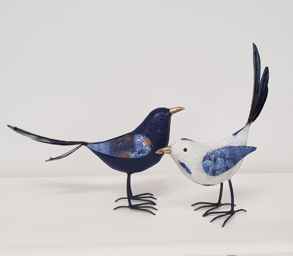 Small White Bird - HF4006