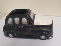 NOVELTY LONDON CAB PLANTER - LF013