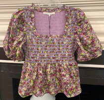 UK1033T FLORAL SMOCKED TOP