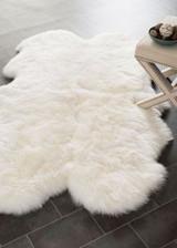 Quarto Ivory Sheepskin