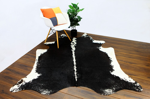 COWHIDE NATURAL BLACK & WHITE 04