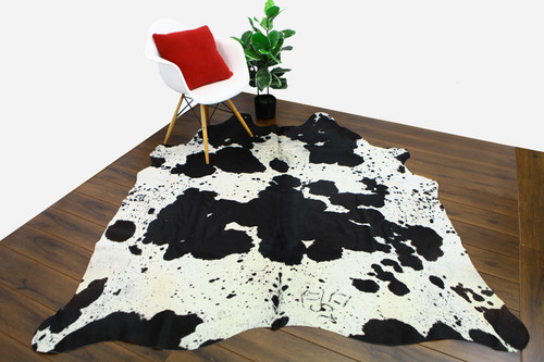 COWHIDE NATURAL BLACK & WHITE 09