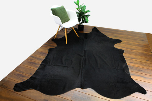COWHIDE NATURAL BLACK 02