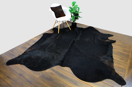COWHIDE NATURAL BLACK 03
