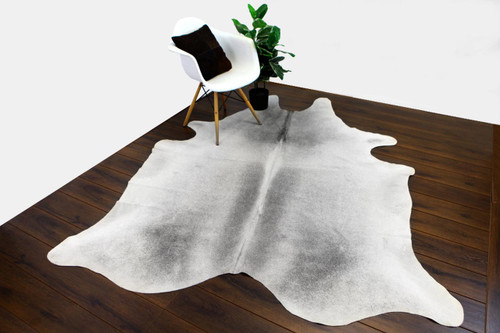 COWHIDE NATURAL GREY & WHITE 05