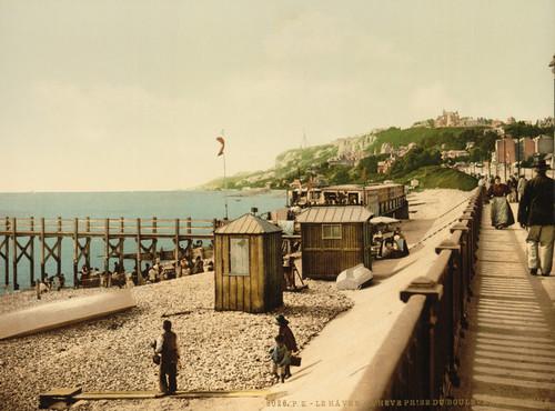 Art Prints of La Heve from the Maritime Boulevard, Havre, France (387306)