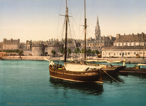 Art Prints of Harbor and Main Gate, St. Malo, France (387611)