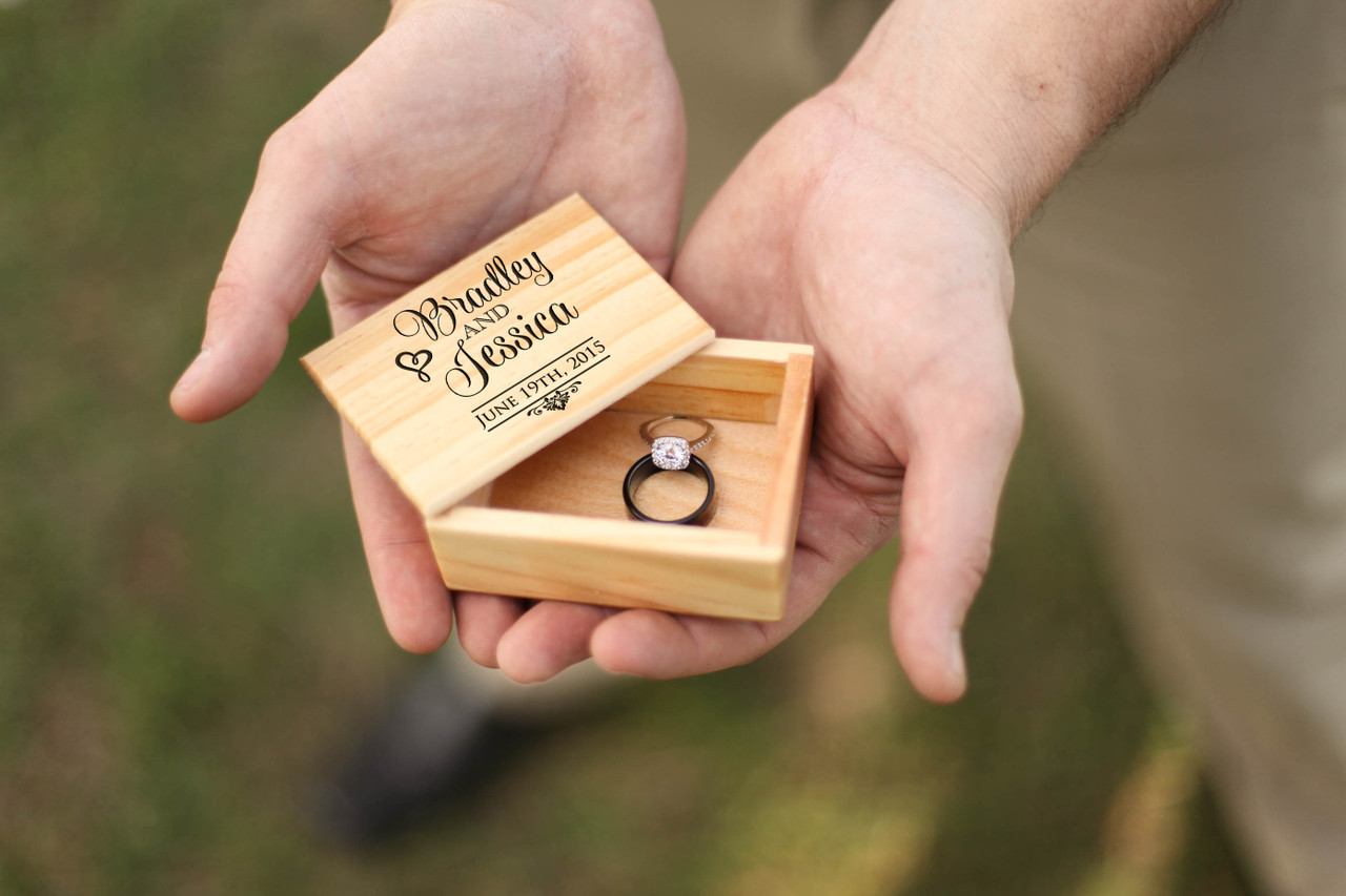 Groupon AU/NZ - Personalized Jewelry Box - Stacked name