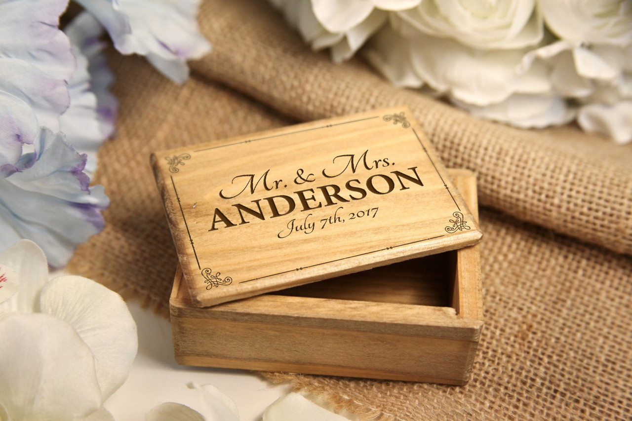 Grpn BE - Personalized Jewelry Box - Mr Mrs Vintage