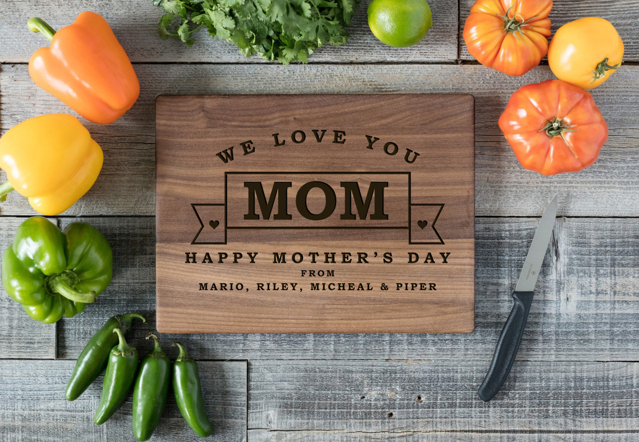 Walnut Personalized Cutting Board - Mother's Day Banner