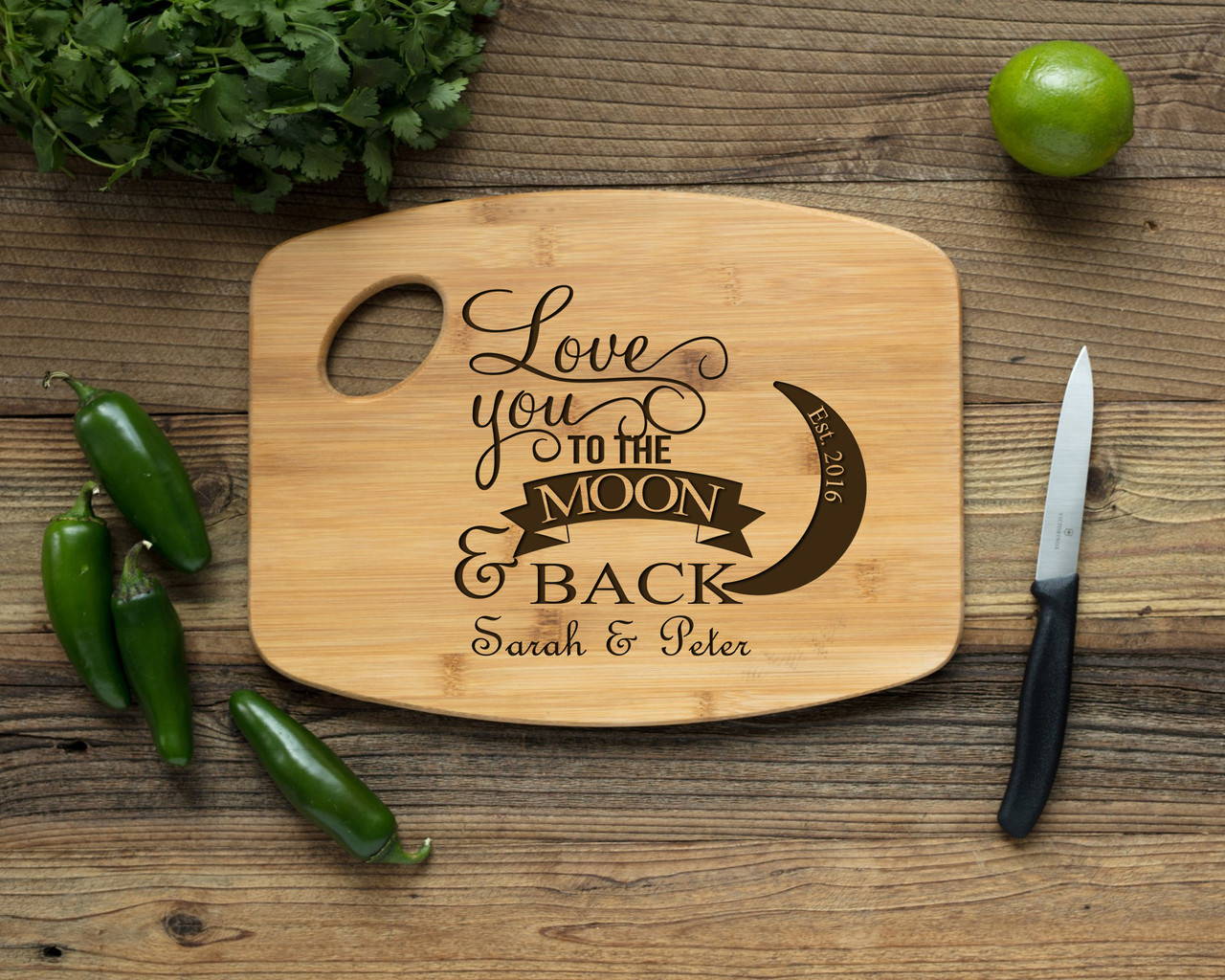 Grpn Spain - Handle Personalized Cutting Board - Love You to the Moon & Back