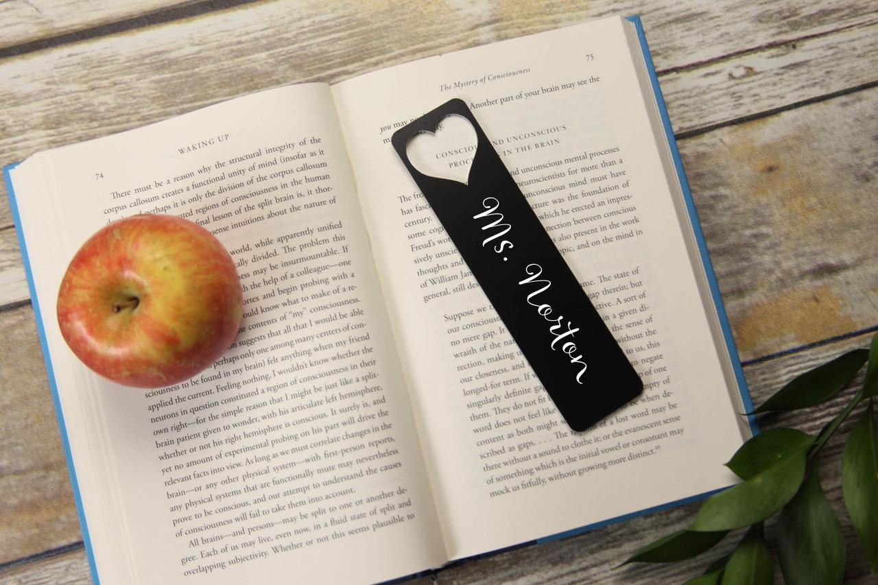 Personalized Bookmark - Large Heart Cutout 'Allegretto'