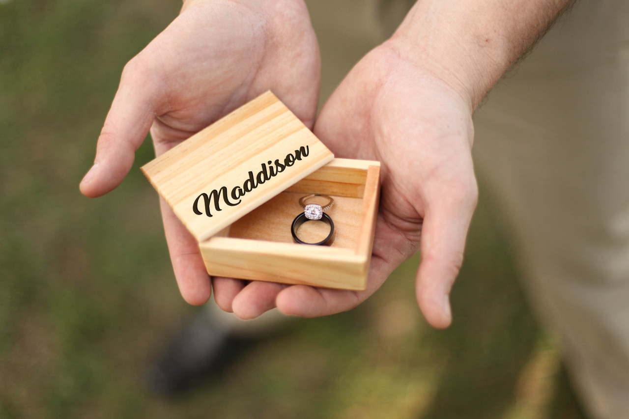 LUX - Personalized Jewelry Box - Fancy Name