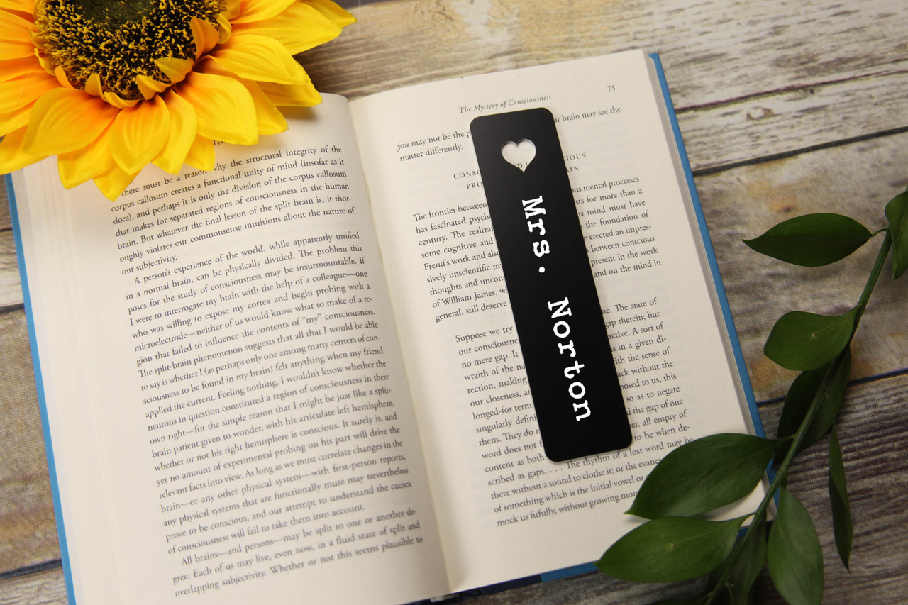 LUX - Personalized Bookmark - Mini-Heart 'Typewriter'