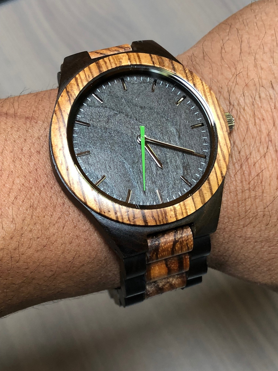 GRPN Italy - Engraved Watch W#101