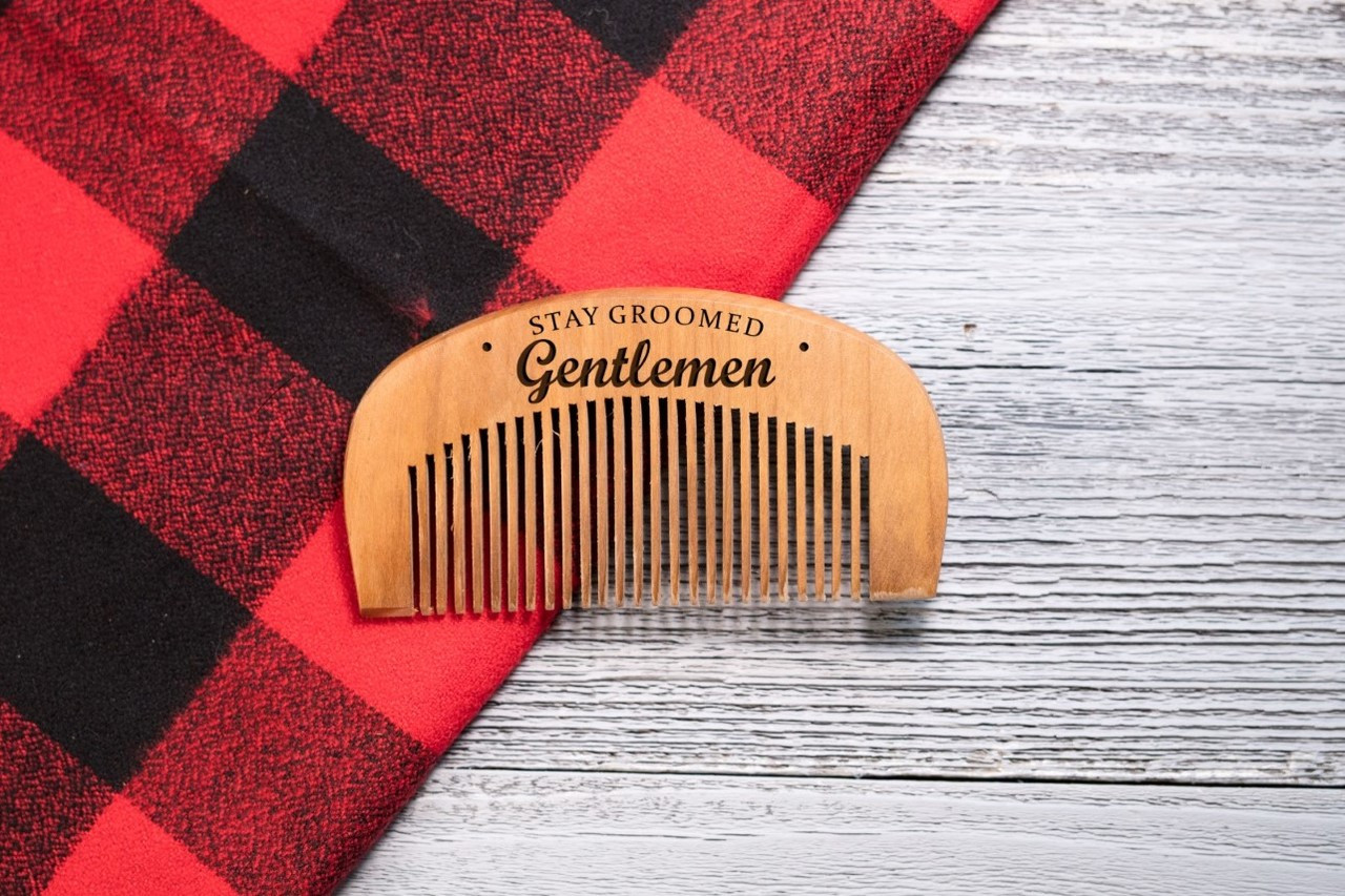 Engraved Comb - Stay Groomed Gentlemen