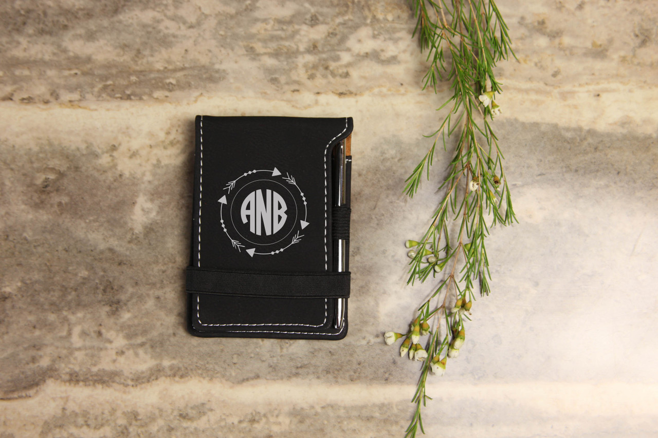 Grpn Spain - Personalized Leather Notepad - Arrow Circle Monogram