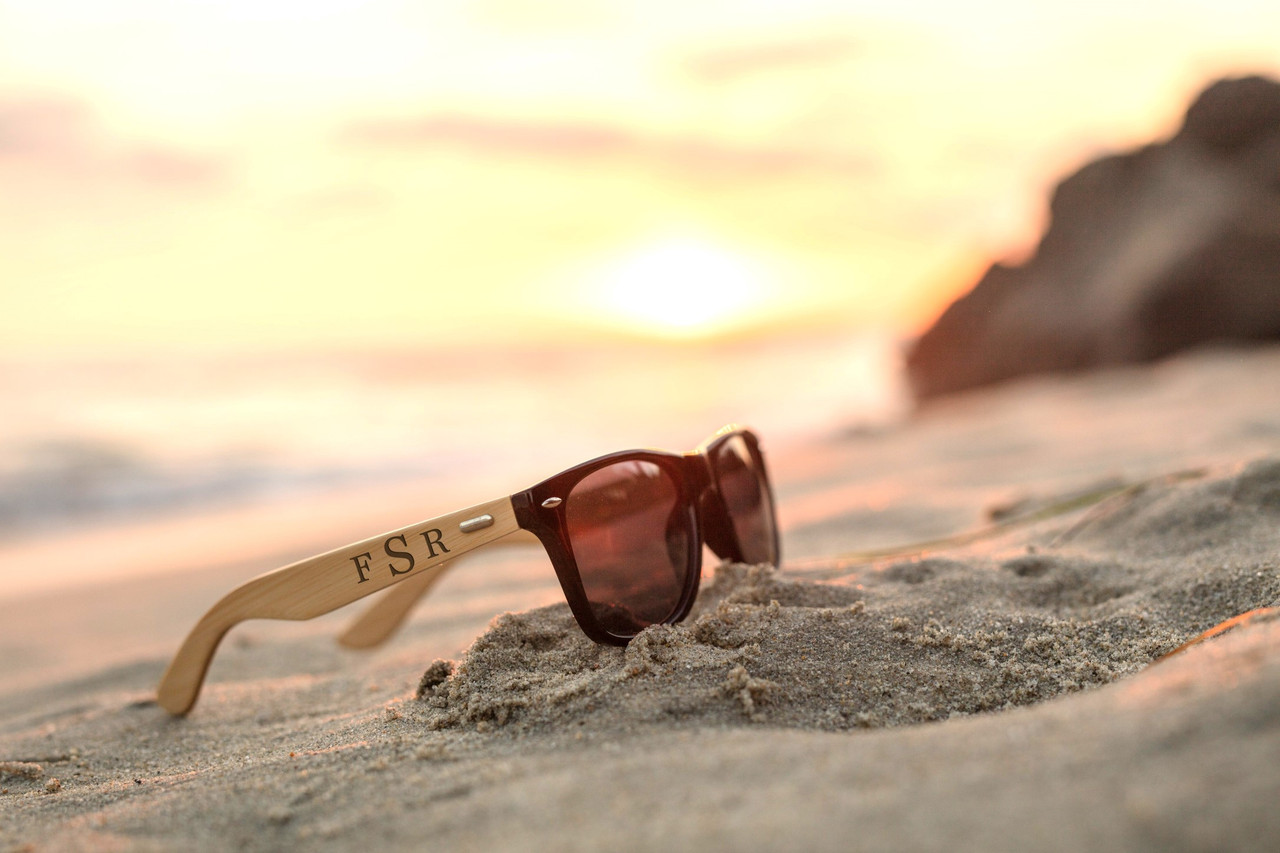 Grpn Spain -  Personalized Sunglasses - Masculine Monogram