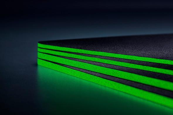 Razer Gigantus V2 - Soft Gaming Mouse Mat Medium - FRML Packaging