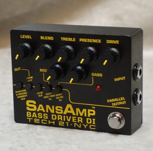 Tech 21 NYC Bass Driver V2 DI pedal