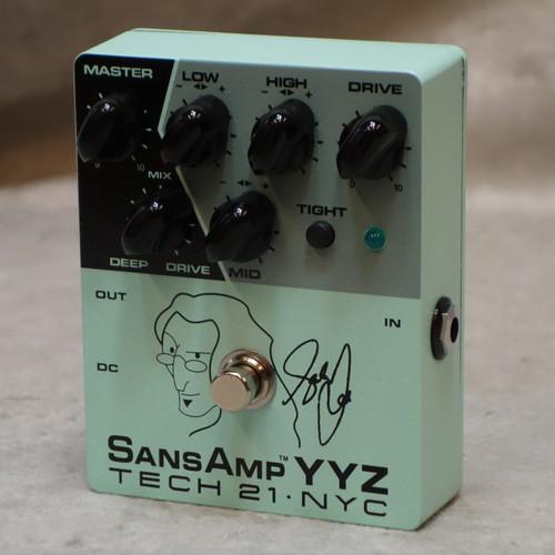 Tech 21 NYC YYZ Geddy Lee Signature Sansamp pedal